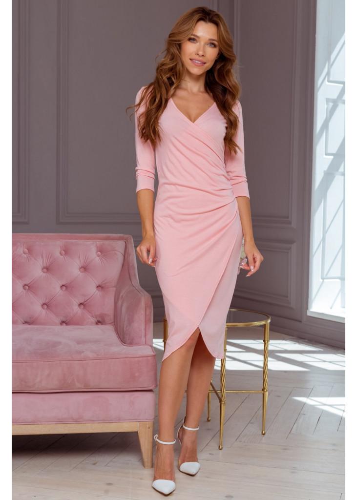 Сукня зі складками та декольте