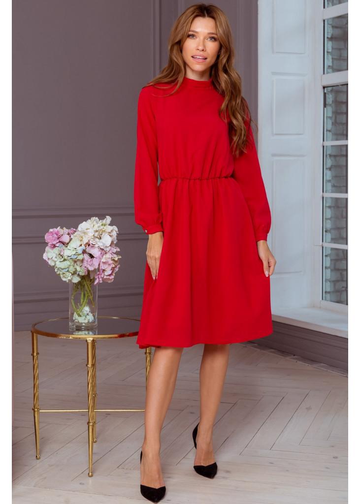 Эффектное шифоновое платье